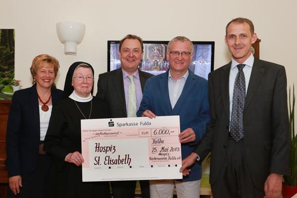 6.000 Euro-Spende für das Hospiz St. Elisabeth